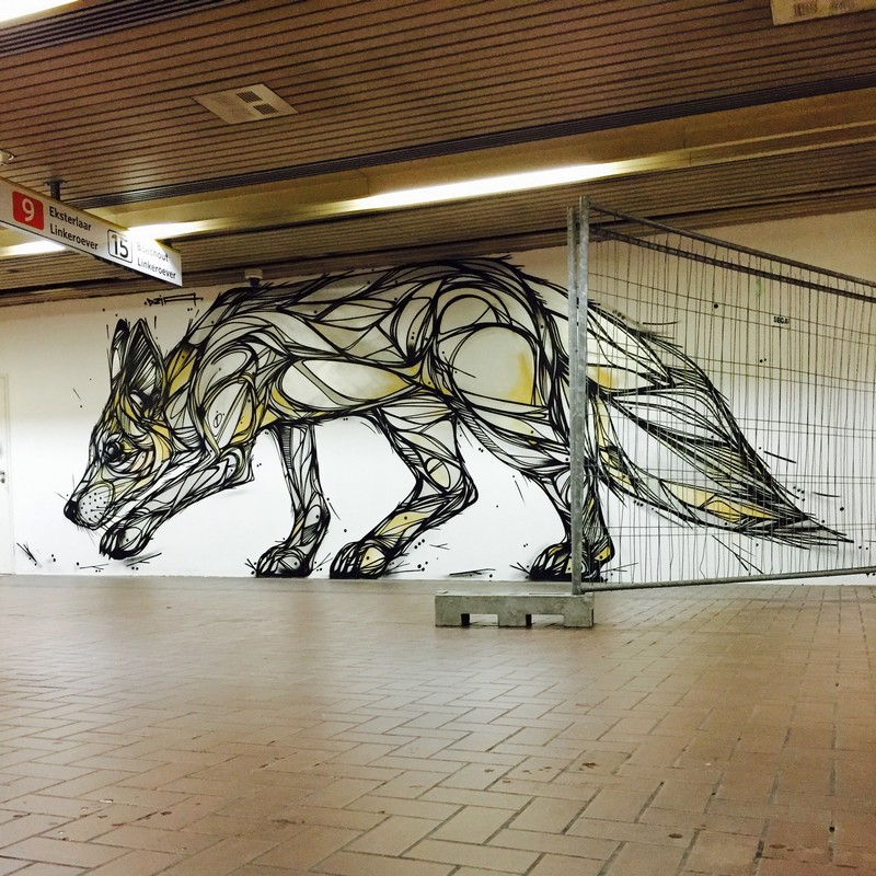 bela-e-animalesca-arte-urbana-de-dzia (12)