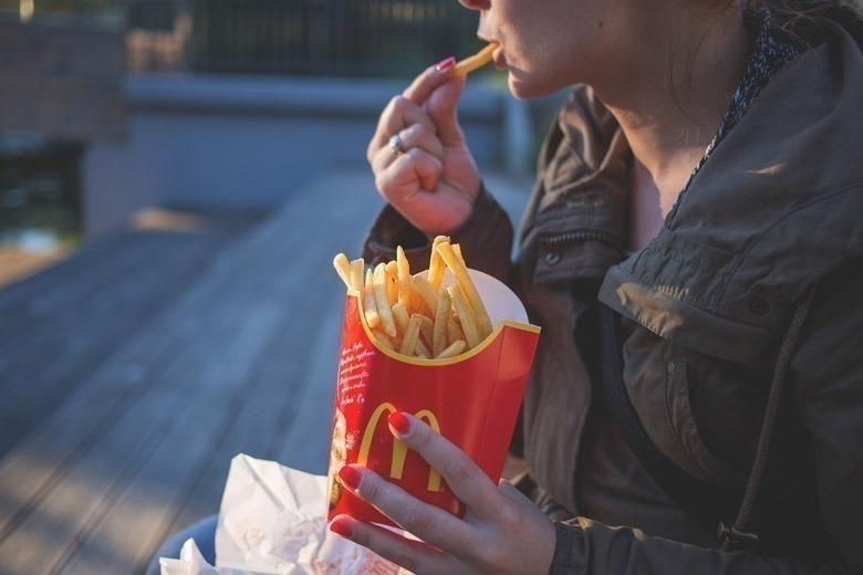 vermelho-publicidade-fast-food